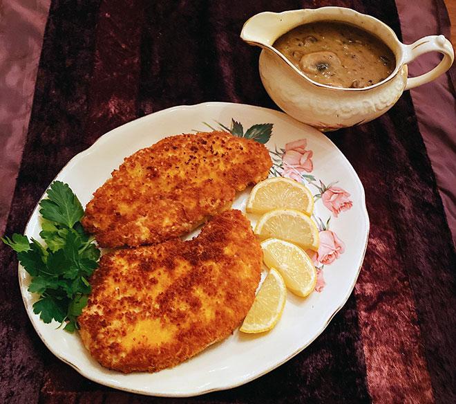 chicken schnitzel with mushroom sauce